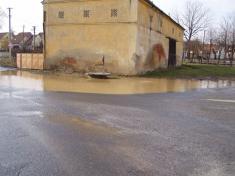 2004 - povodeň vbřeznu 5