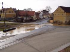 2004 - povodeň vbřeznu 6
