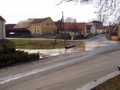 2004 - povodeň vbřeznu 7