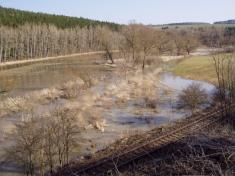 2004 - povodeň vbřeznu 12