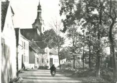Blížejov - náves (stavba rybníka)